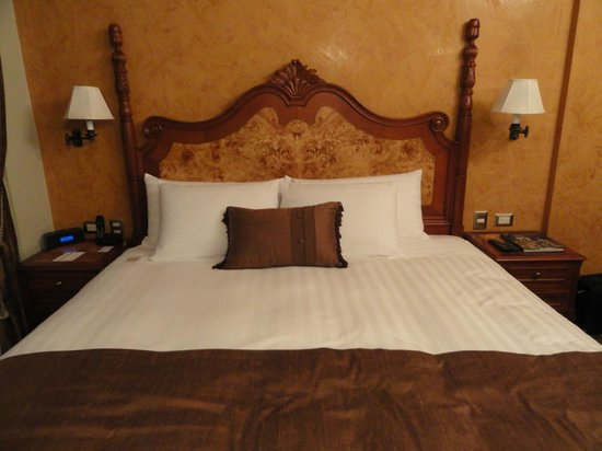 Aranwa Cusco Boutique Hotel:                   Bed