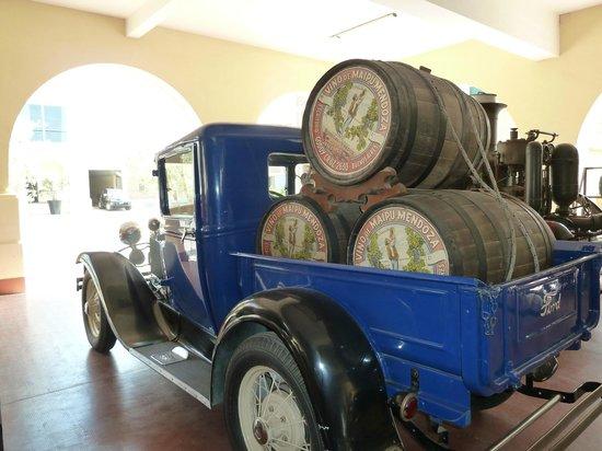 Bodegas Lopez:                   Lopez est une des plus vieilles sociétés vinicoles de Mendoza.
