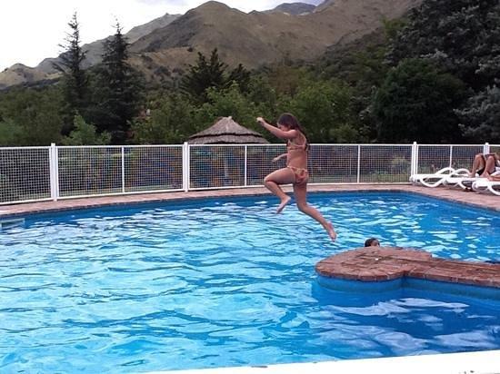 Hotel y Duplex Rincon del Valle:                   salto del comechingon