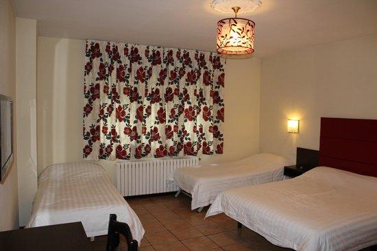 Hotel Palarine: Quad Room