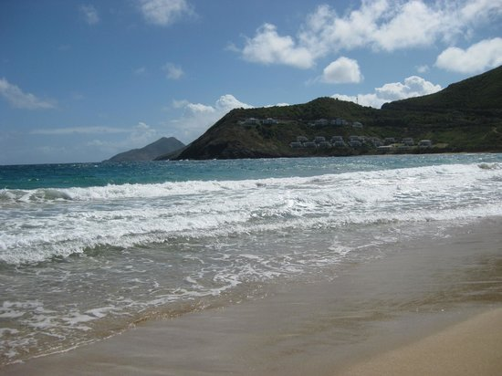 St. Kitts Marriott Resort & The Royal Beach Casino:                                     Plage de l'hotel