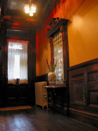 The Harlem Flophouse: Entryway into the past.