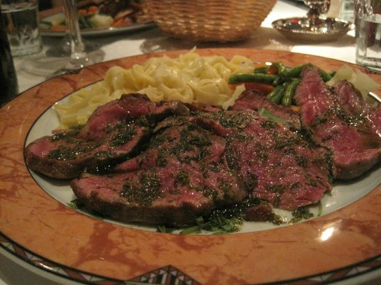 Roberto's :                   meat dish