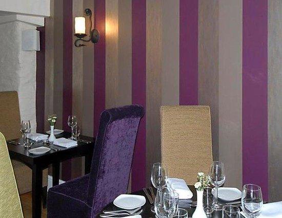 Emlyn Hotel: Dining