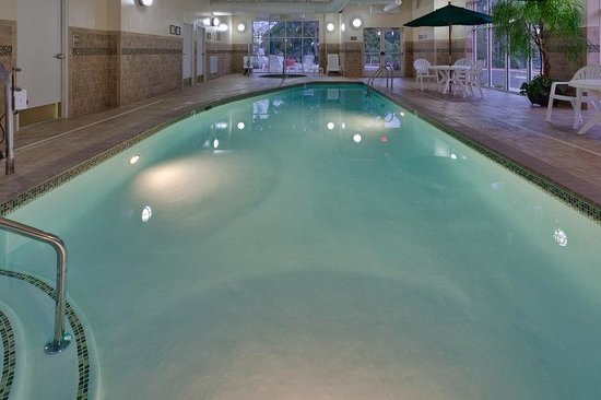 Country Inn & Suites By Carlson, State College (Penn State Area): Pool/Spa Area