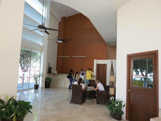 Costa Club Punta Arena: New Lobby