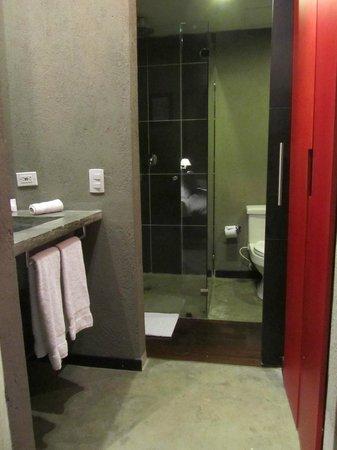 Art Hotel Boutique: Bathroom