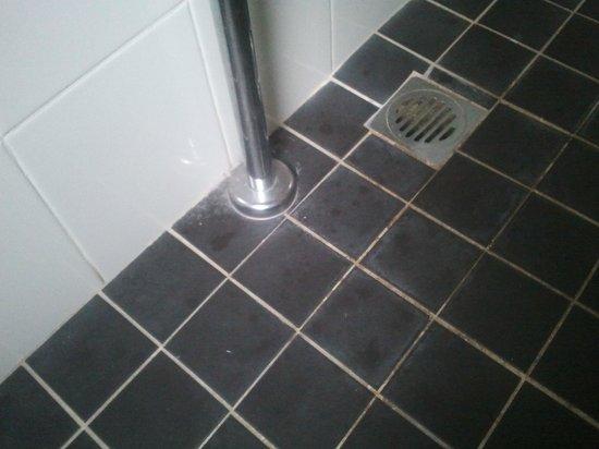 Lido Suites : bathroom