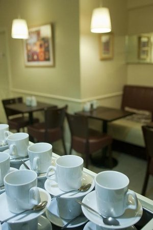 Niamhs Restaurant and Delicatessen: Great fresh bean coffee