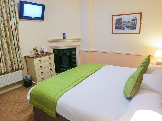 Pegwell Bay Hotel: Bed