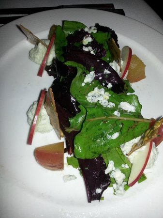 Restaurant August:                                     amazing salad