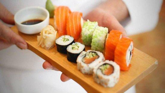Boom Sushi Lounge: Combo variado