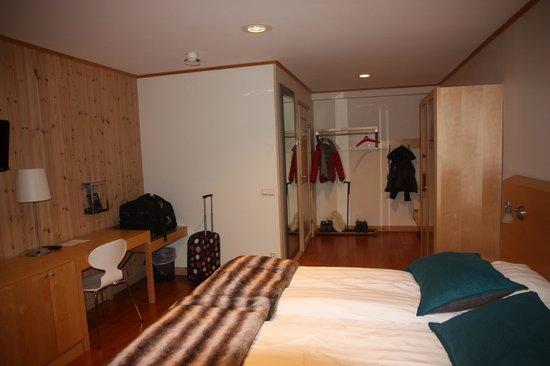 Icehotel:                   Warm room