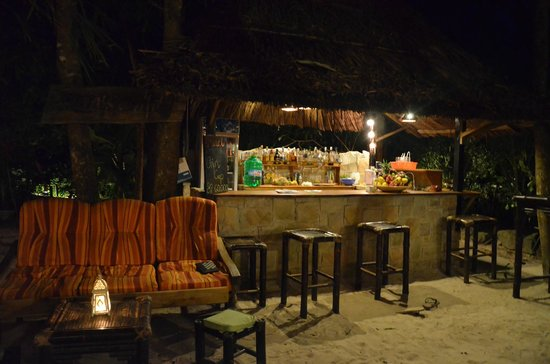 Freedomland Phu Quoc Resort:                   Bar                 