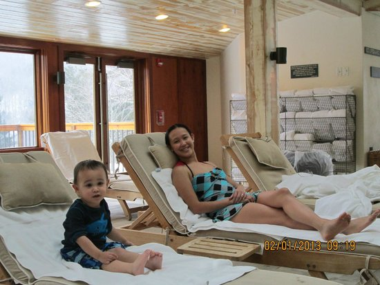 Topnotch Resort:                                     A fun and relaxing day poolside!