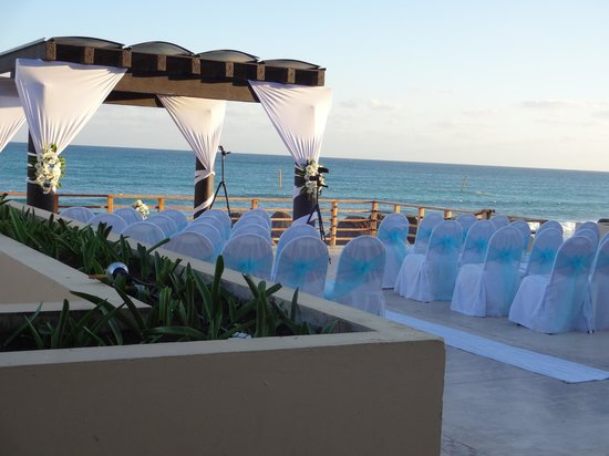 Now Jade Riviera Cancun Resort & Spa:                                     Wedding Site