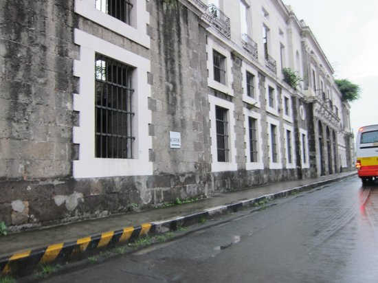 Intramuros: A Building