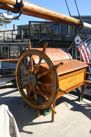 1877 Tall Ship ELISSA: The Wheel