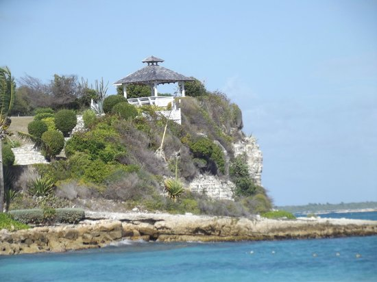 Pineapple Beach Club Antigua - All Inclusive:                   Gazebo, great views!