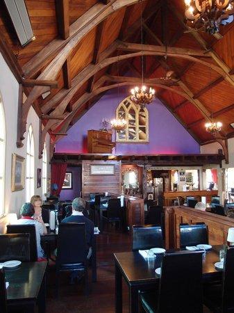 Gothic Restaurant and Bar:                   Gothic Gourmet Motueka - Interior
