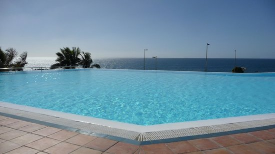H10 Playa Meloneras Palace: infinity pool