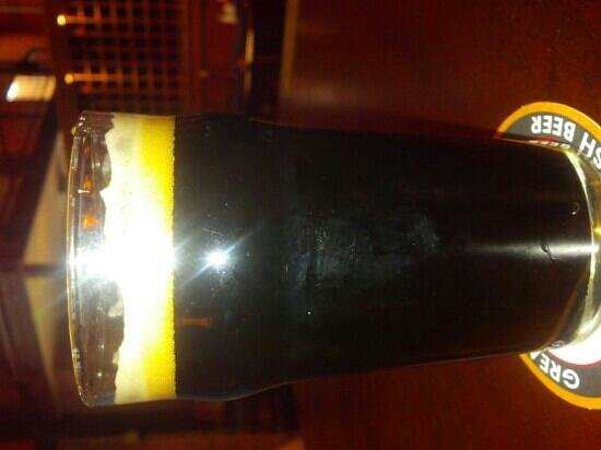 Seven Bridges Grille & Brewery: Iron horse stout