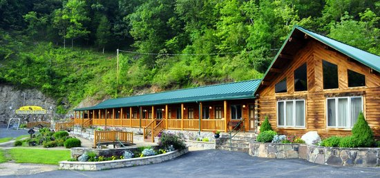 Superbe Smoke Hole Caverns U0026 Log Cabin Resort   UPDATED 2018 Motel Reviews (Cabins,  WV)   TripAdvisor