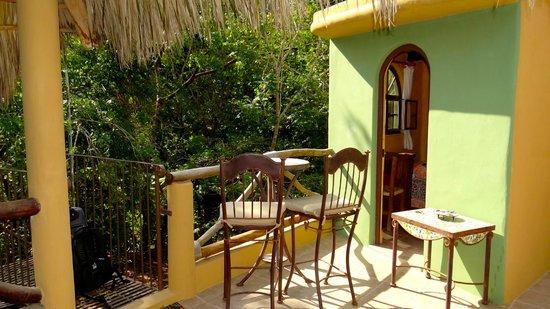 Casitas Tortugas:                   Outdoor happy hour
