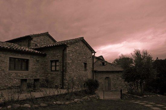 Borgo di Celle:                   il borgo al vespro
