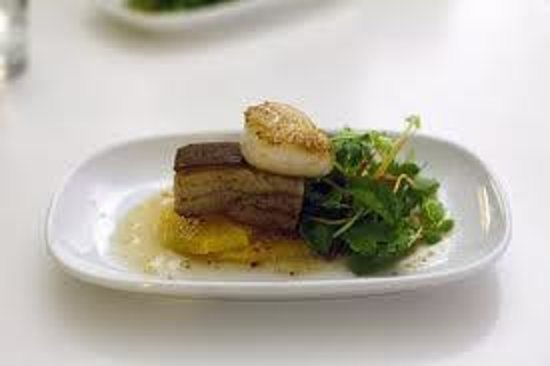 The Stunned Mullet:                   Yummy Port Belly Entree