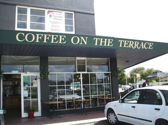 Coffee On The Terrace Пальмерстон Норт
