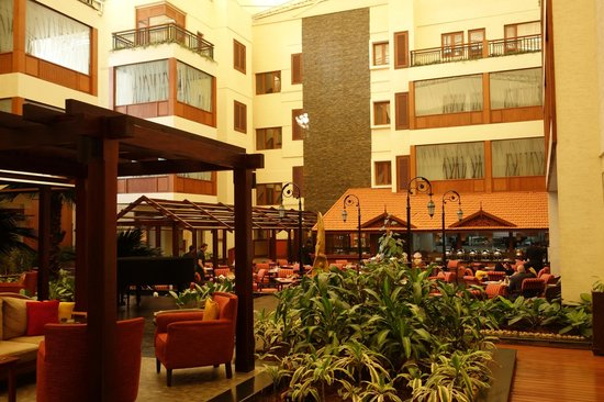 The Paul Bangalore:                   The amazingly peaceful inner courtyard