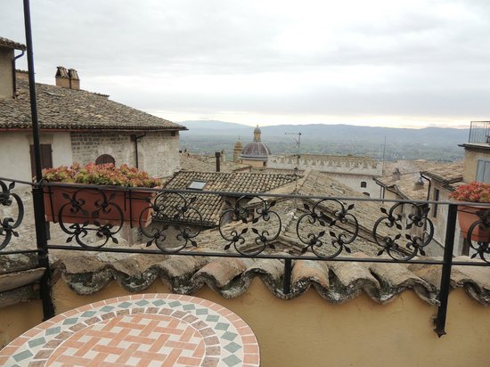 Hotel La Fortezza: view from roof terrace