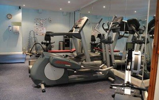 The Cooden Beach Hotel: Cardivascular Equipment in Gym