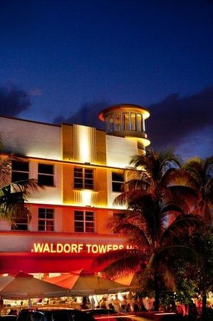 Room Mate Waldorf Towers: Exterior