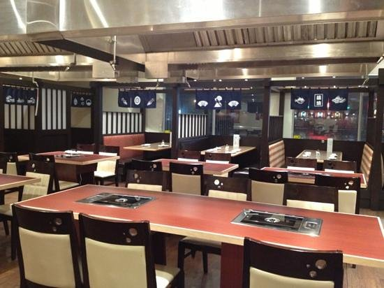 Sakaye Japanese Restaurant : Korean BBQ tables