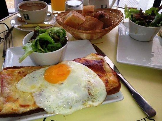 Croque Madame at Cafe Les Deux Magots