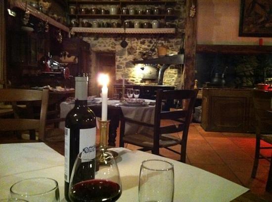 L'Auberge d'Antan:                   début de repas