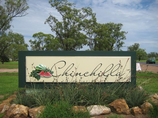 Riverdell Park Accommodation B&B: Chinchilla the Melon Capital