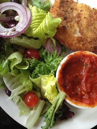 La Bella Montagna:                   fried mozzarella appetizer