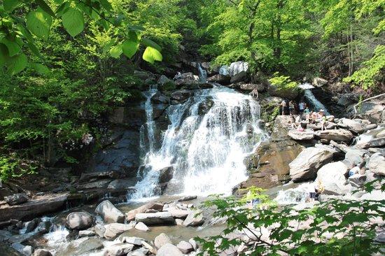 Kaaterskill Falls: Bastion Falls