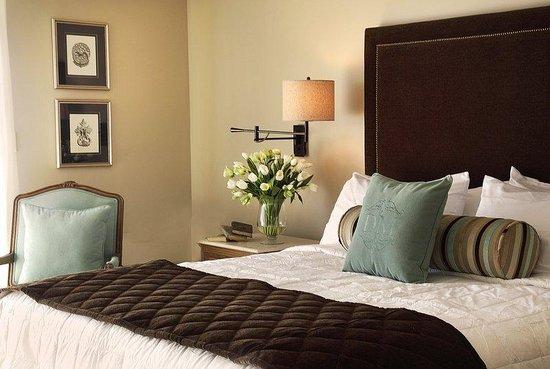 Diamond Mills Hotel Guest Room