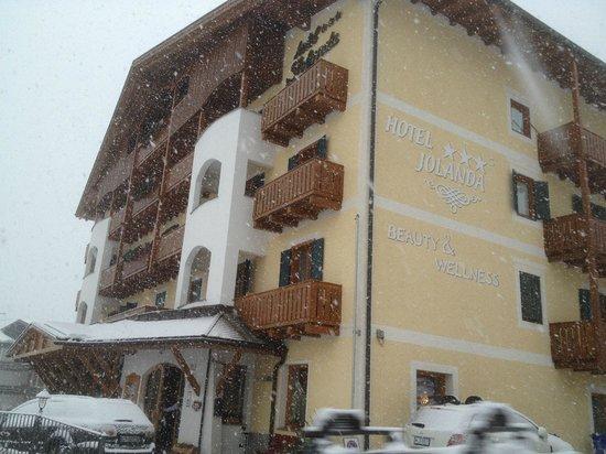 Hotel Jolanda:                   Vista hotel