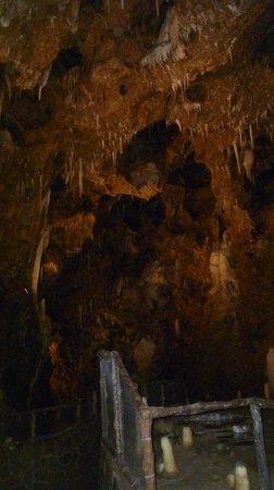 Grotte La Merveilleuse :                   Inside the cave