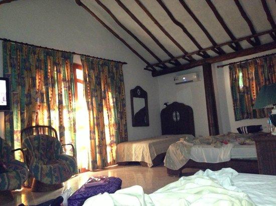 Hotel Coco Paraiso: Habitacion