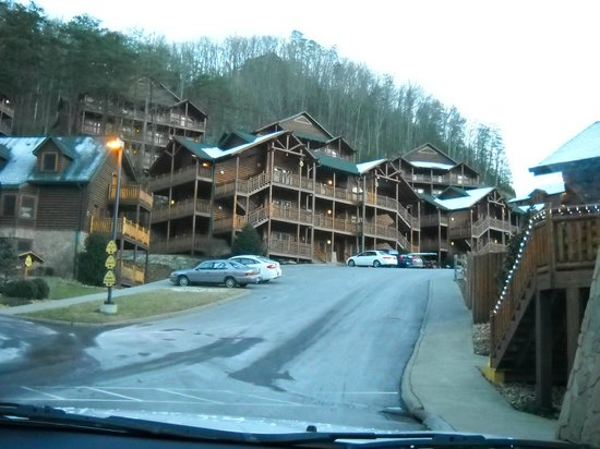Westgate Smoky Mountain Resort & Spa:                   View of lodging.