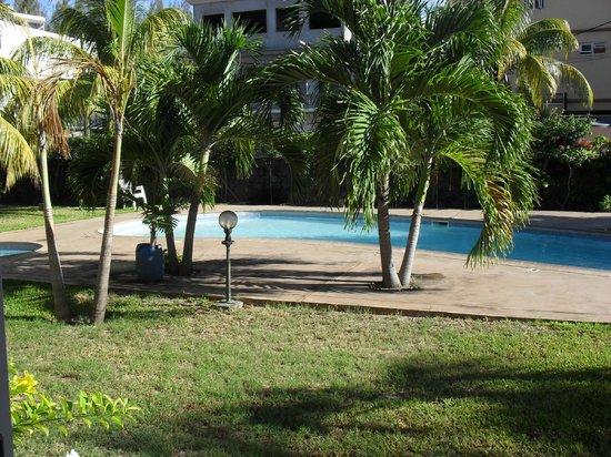 Escale Vacances:                                     piscine