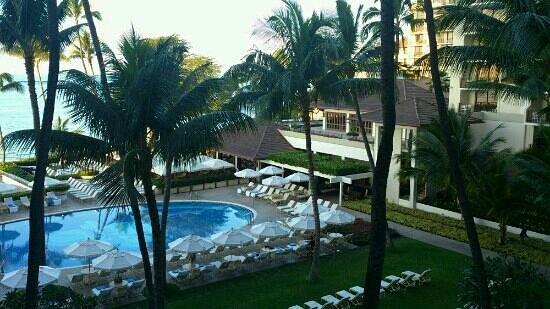 Halekulani Hotel:                   ダイヤモンドヘッドウイング411