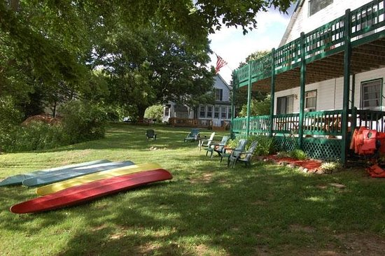 The Elms Waterfront Cottages: Sacandaga Lodge
