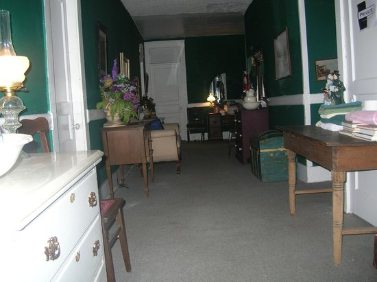 Thomas House:                   hallway where shadow man is seen